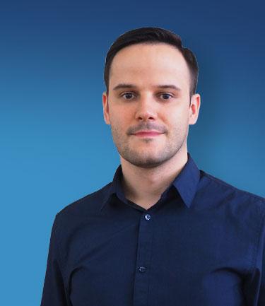 Piotr Smolkowicz headshot