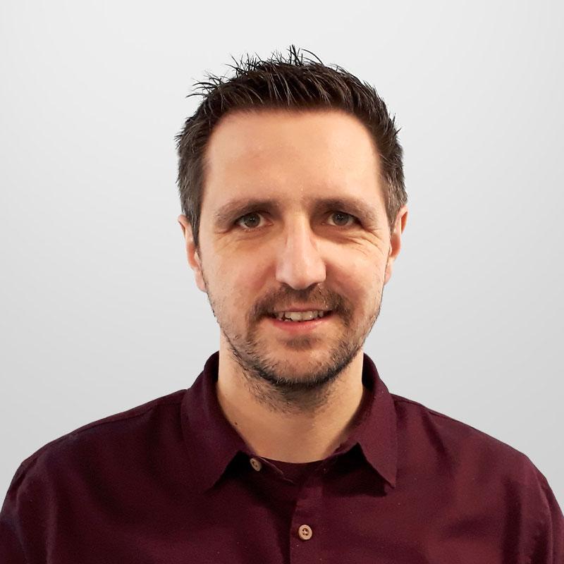 Marek Mietka headshot