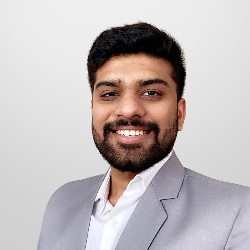Drhruvit Savla headshot