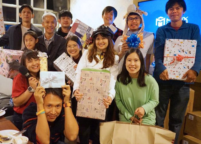 Thailand team gift exchange