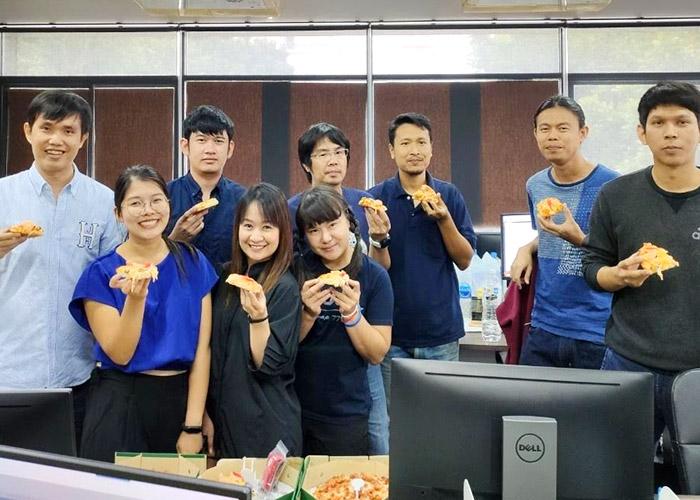 Thailand team sponsored lunch
